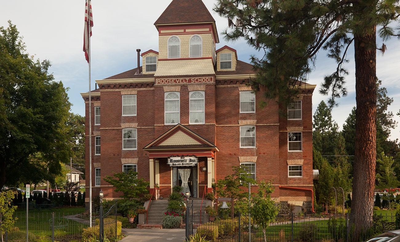 Bed and Breakfast Coeur d\'Alene :: Luxurious Getaway in Idaho