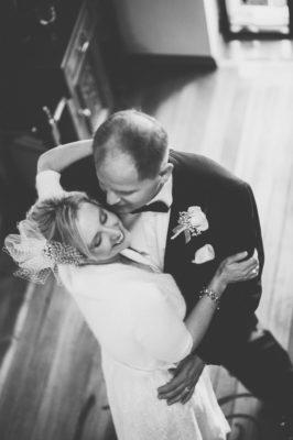 Bride and groom dancing in Coeur d'Alene